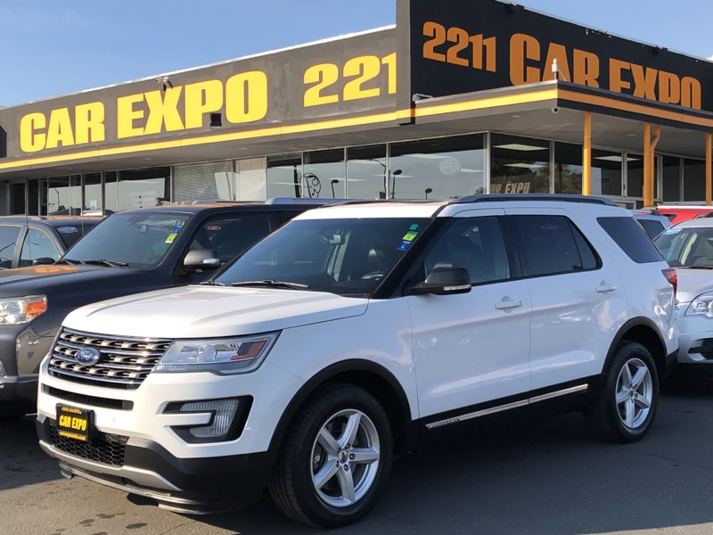 2016 Ford Explorer XLT - 4wd - 3row seats