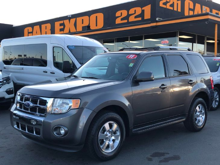 2011 Ford Escape Limited - Leather - SunRoof!