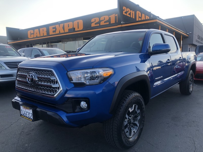 2016 Toyota Tacoma TRD off Road 4X4 Long Bed!