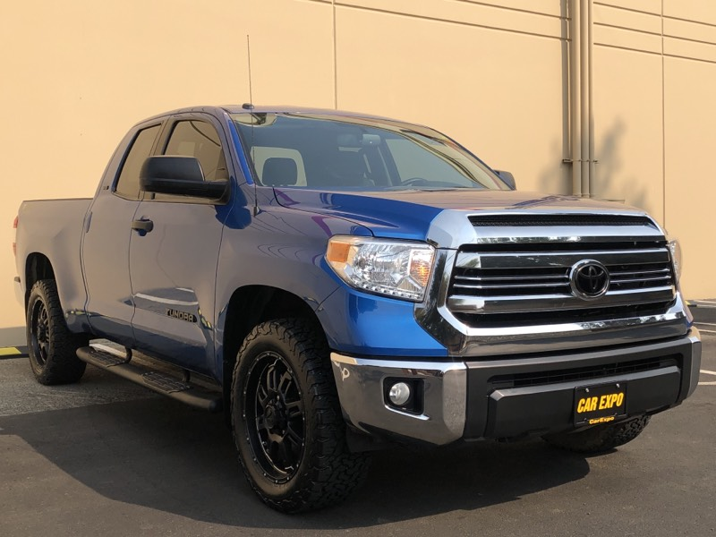 2017 Toyota Tundra SR5 - TSS Off Road - Double Cab