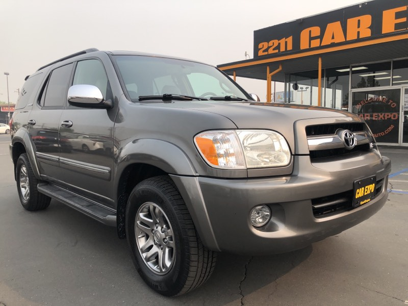 2007 Toyota Sequoia Limited - 4WD