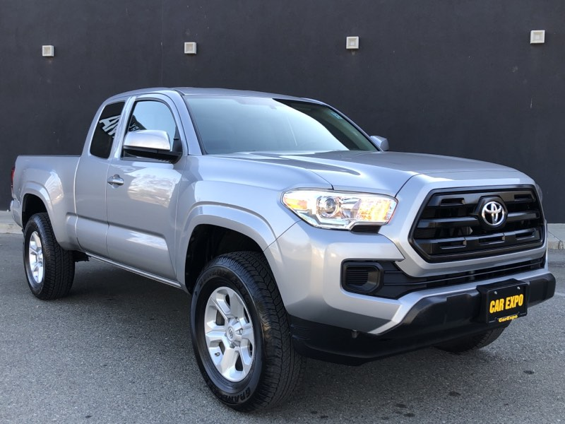 2016 Toyota Tacoma Access Cab 4WD Manual!