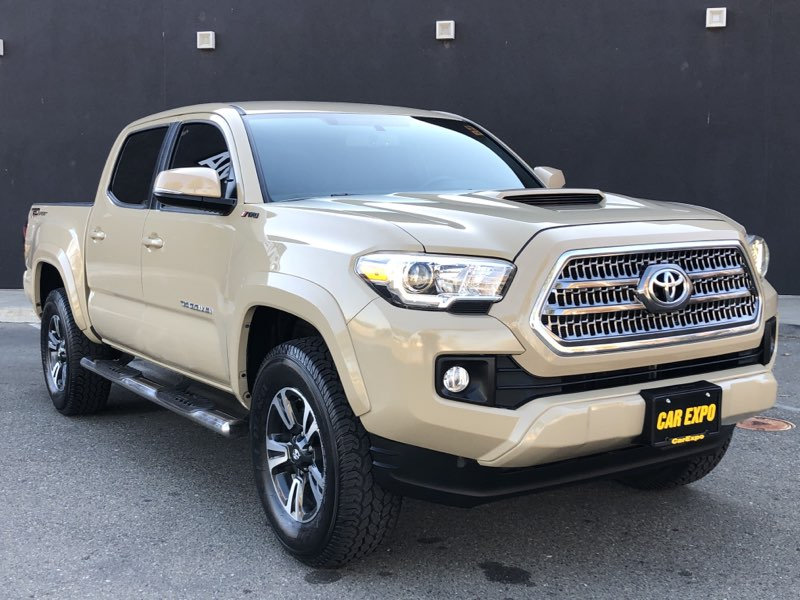 2016 Toyota Tacoma Double Cab TRD Sport, One Owner!