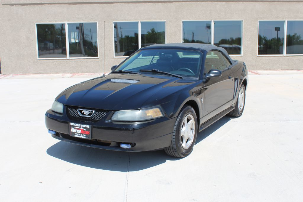 2001 Ford Mustang Deluxe