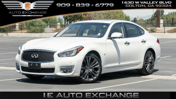 2016 INFINITI Q70 V6 (w/ Sports Package, Premium Package)