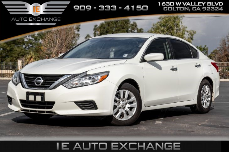 2016 Nissan Altima 2.5 S FWD (Bluetooth & Power Driver Seat Package)