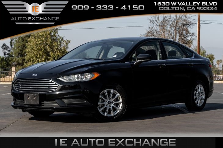 2017 Ford Fusion S (w/ Back-up Camera, Bluetooth)