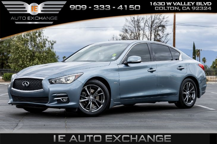 2017 INFINITI Q50 3.0t Signature Edition (w/ Back-up Camera, Bluetooth)