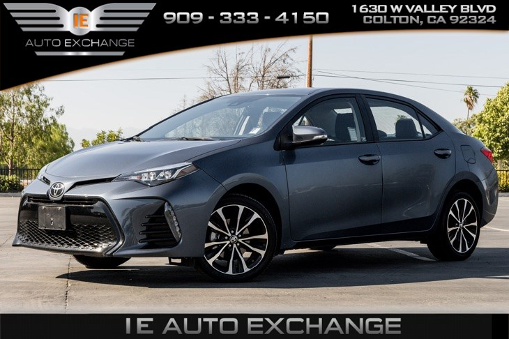 2017 Toyota Corolla SE (w/ Bluetooth, Back-up Camera)