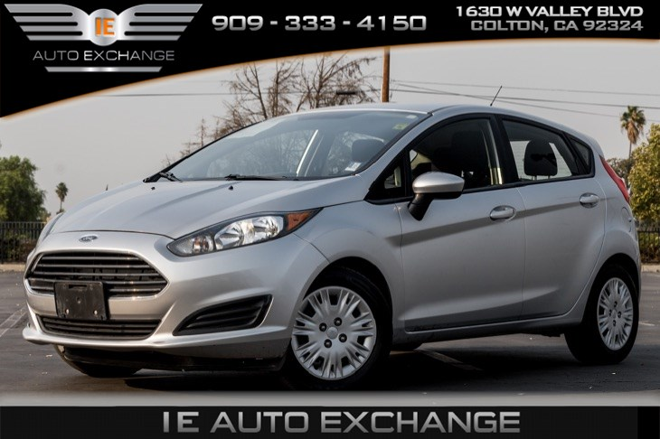 2015 Ford Fiesta S (Bluetooth, Cloth Interior)
