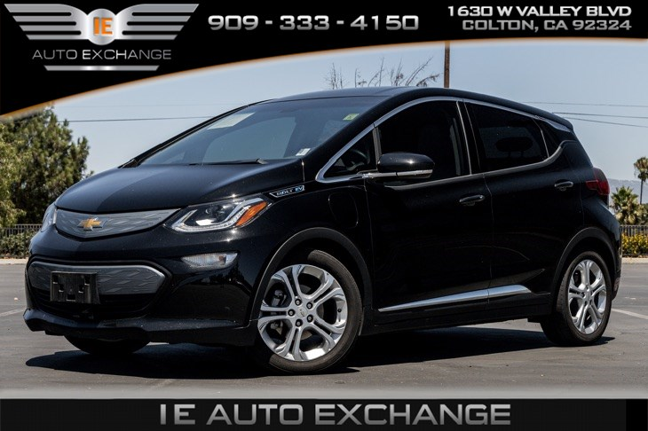 2017 Chevrolet Bolt EV LT (w/ DC Fast Charge, Bluetooth, Back-up Camera)