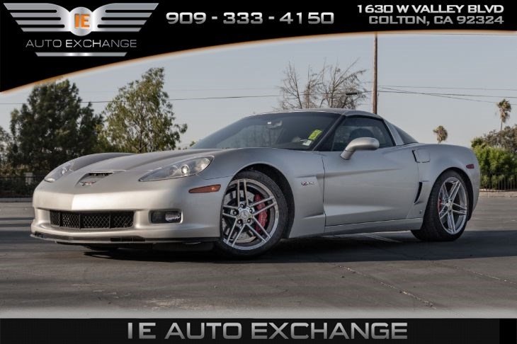 2006 Chevrolet Corvette Z06 Manual Coupe (w/ Navigation, Heated Seats)