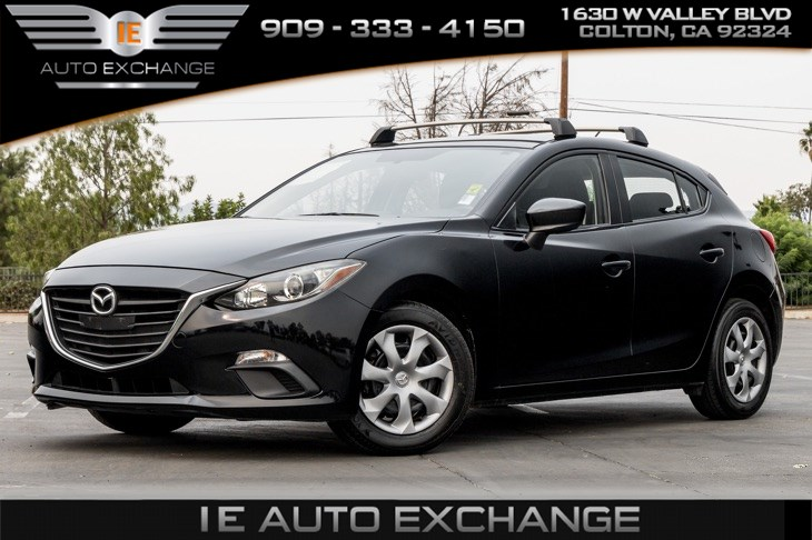 2016 Mazda Mazda3 i Sport (Back-up Camera, Bluetooth)