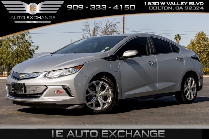 2017 Chevrolet Volt Premier (Driver Confidence Package, Navigation)