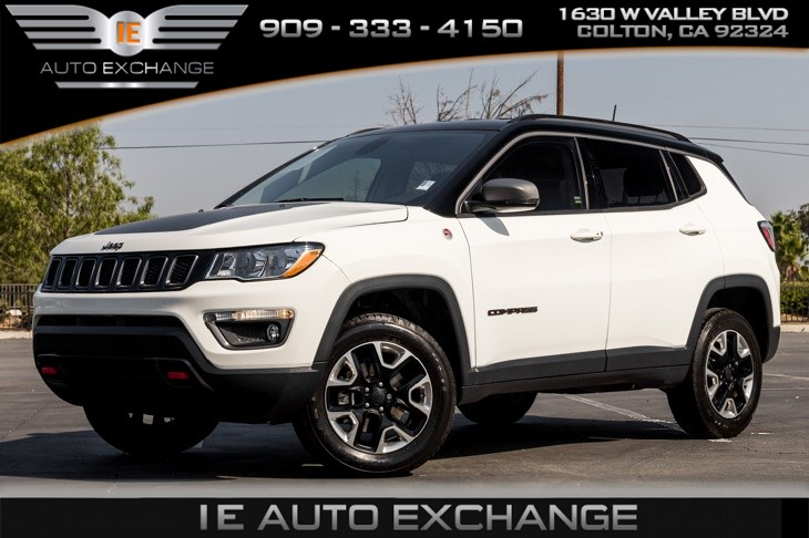 2018 Jeep Compass Trailhawk (Back-up Camera, Tow Hooks, Bluetooth)