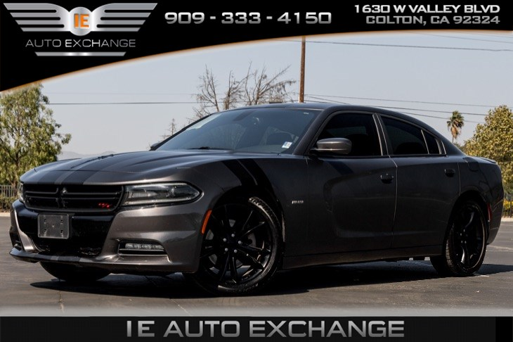 2015 Dodge Charger R/T (Back-up Camera, Navigation, Sunroof)