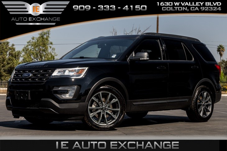 2017 Ford Explorer XLT (Appearance Package, Twin Panel Moonroof)