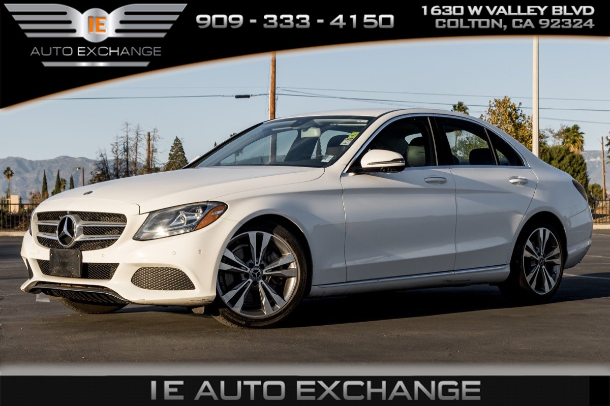 2017 Mercedes-Benz C 300 Sedan (Premium Package, Park Assist Package)