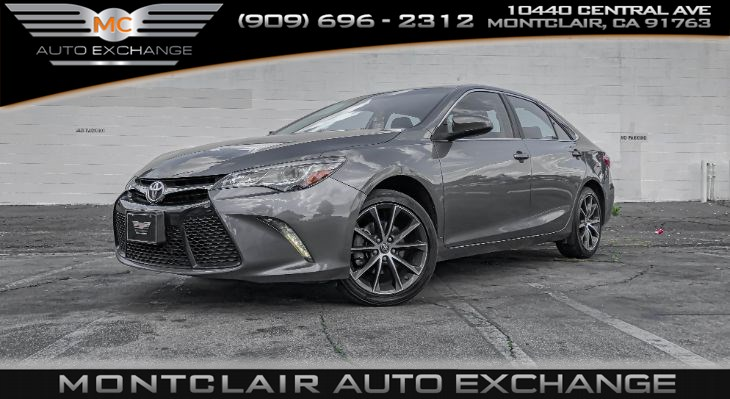 2017 Toyota Camry XSE V6 (Sunroof, Backup Cam, Bluetooth)