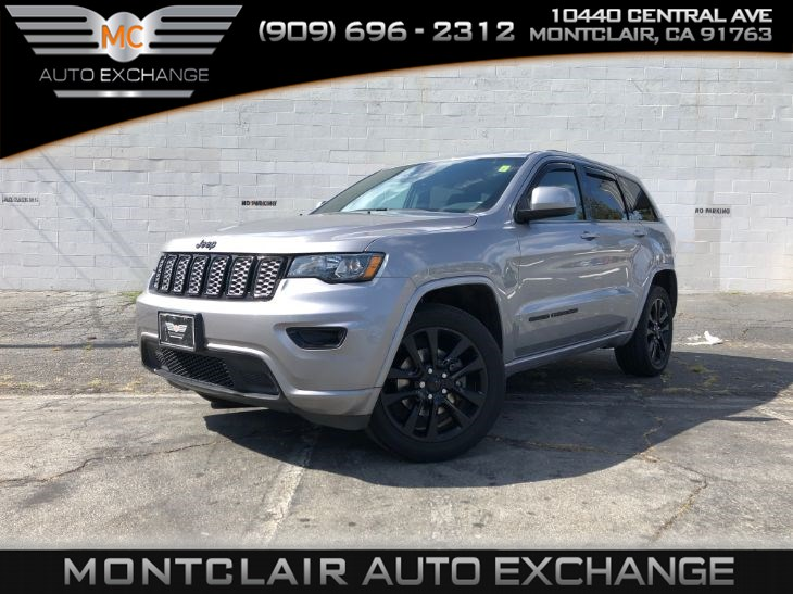 2017 Jeep Grand Cherokee Altitude (Backup Cam, Bluetooth, Sunroof)