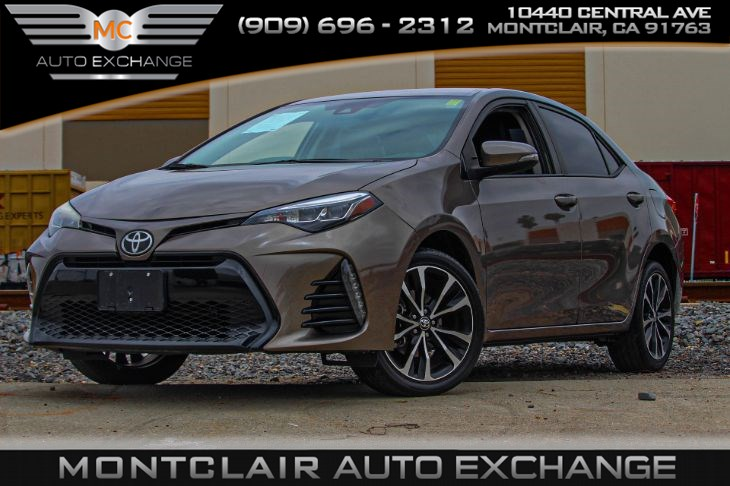 2017 Toyota Corolla SE (Back Up Camera & Lightly Tinted)
