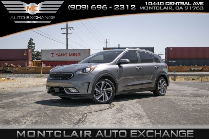 2017 Kia Niro Touring (Backup Camera, Bluetooth, Bucket Seats)