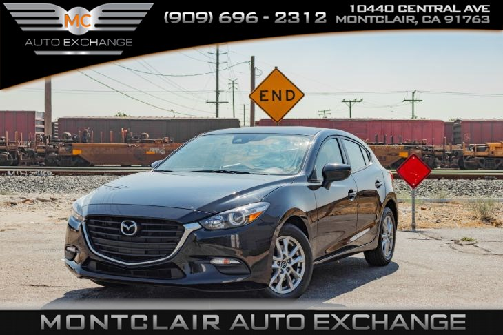 2018 Mazda Mazda3 5-Door Sport (Backup Camera, Bluetooth, Bucket Seats)