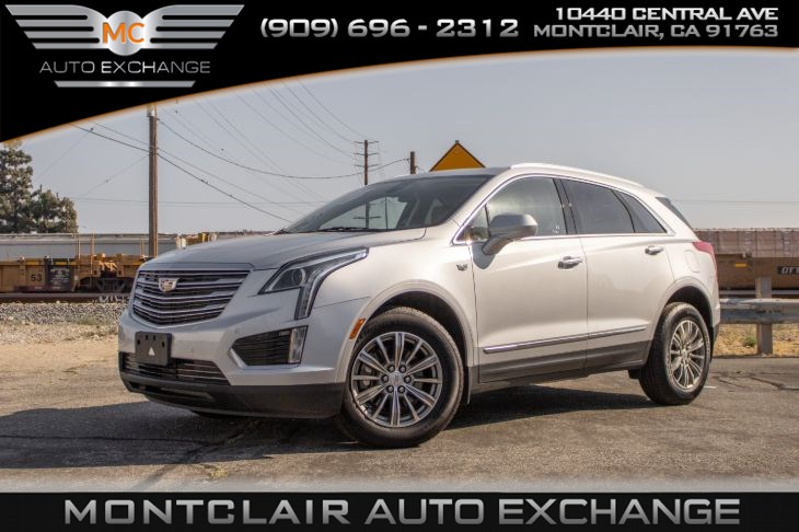 2017 Cadillac XT5 Luxury FWD (Backup Camera, Bluetooth, Bucket Seat)