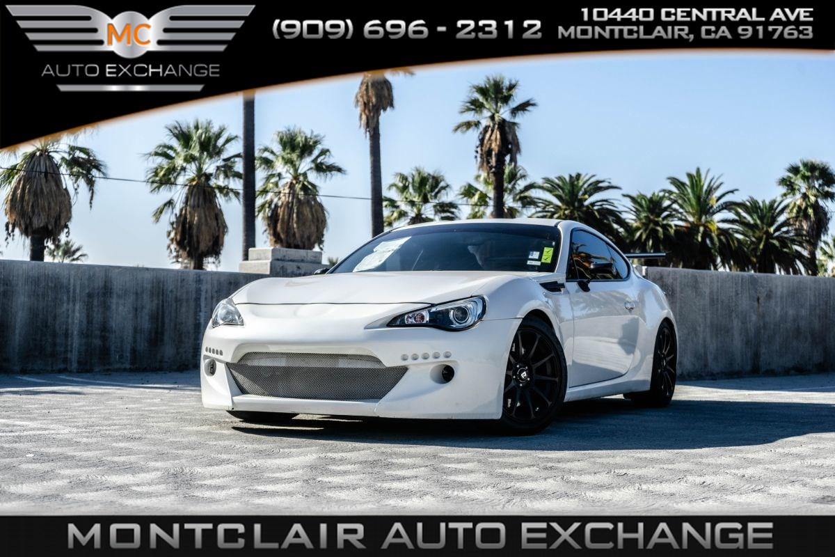 2013 Subaru BRZ Premium ( Backup Camera, Bluetooth, Bucket Seats)