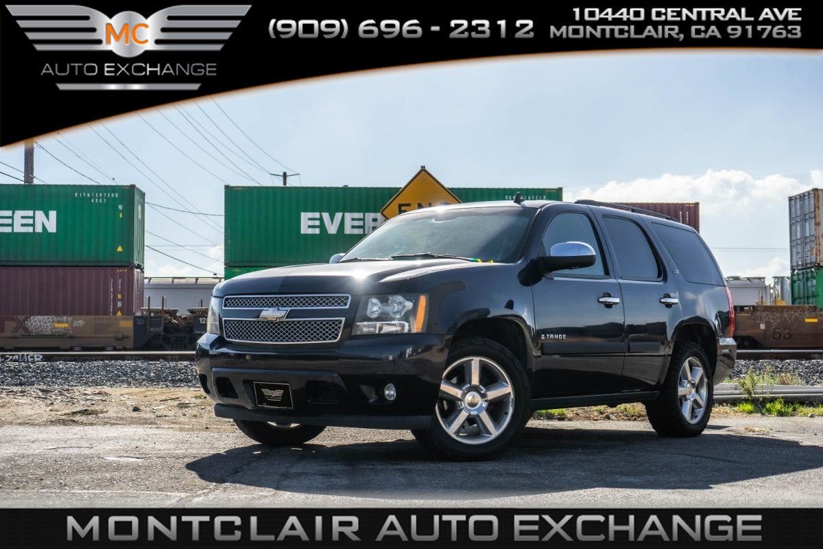 2008 Chevrolet Tahoe LTZ (Backup Camera, Bluetooth, Bucket Seats)