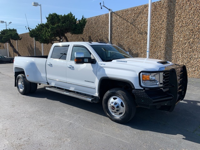 2018 GMC Sierra 3500HD SLT 4WD Dual Rear Wheels