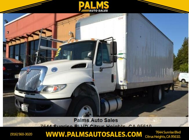 2017 International Box Truck Chassis 4300 Diesel 26' HIGH CUBE BOX W LIFTGATE