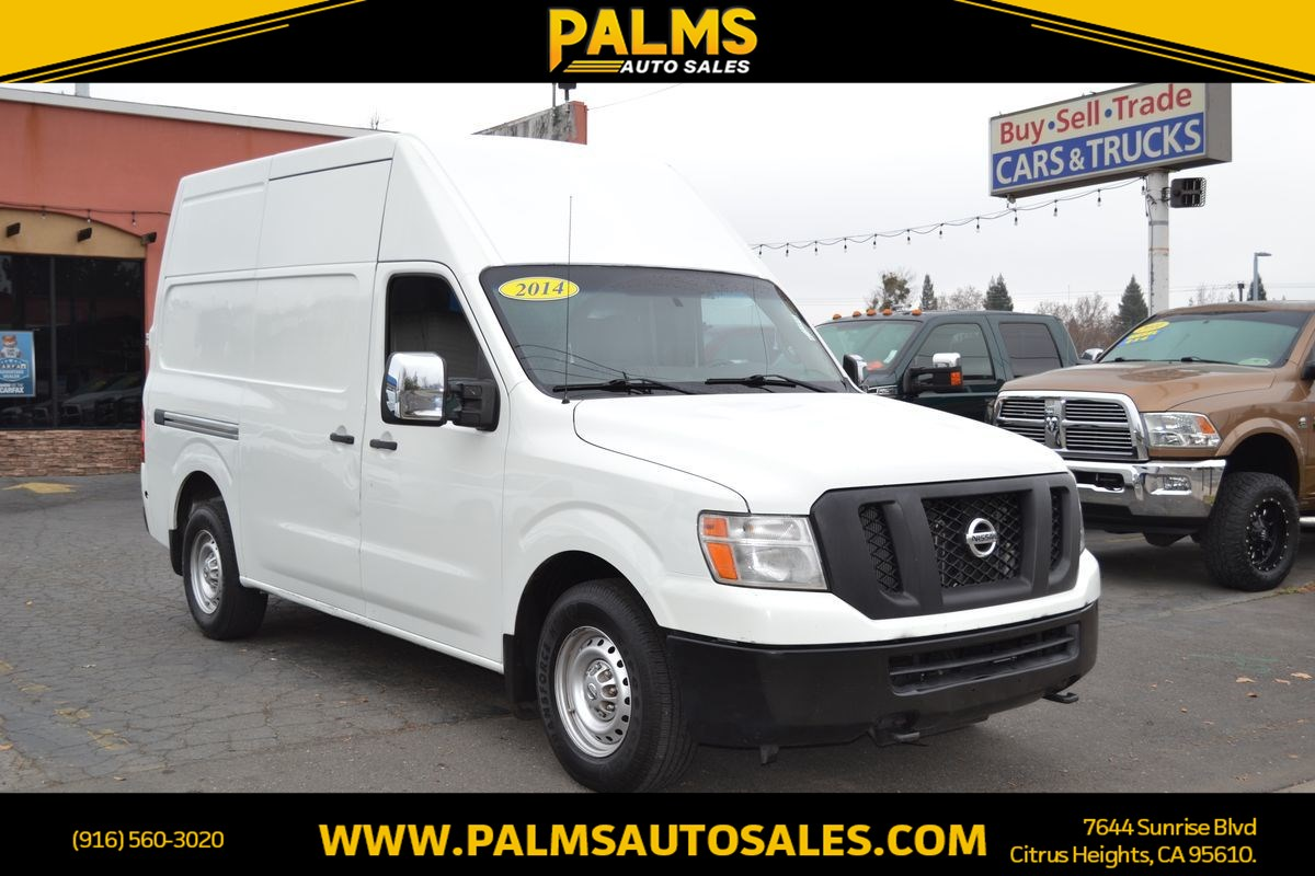 2014 Nissan NV 3500  w/Tow Hitch S