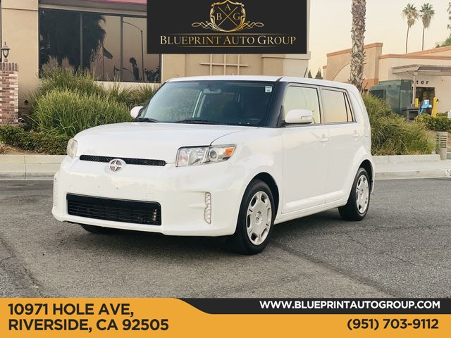 2014 Scion xB Hatchback 4D
