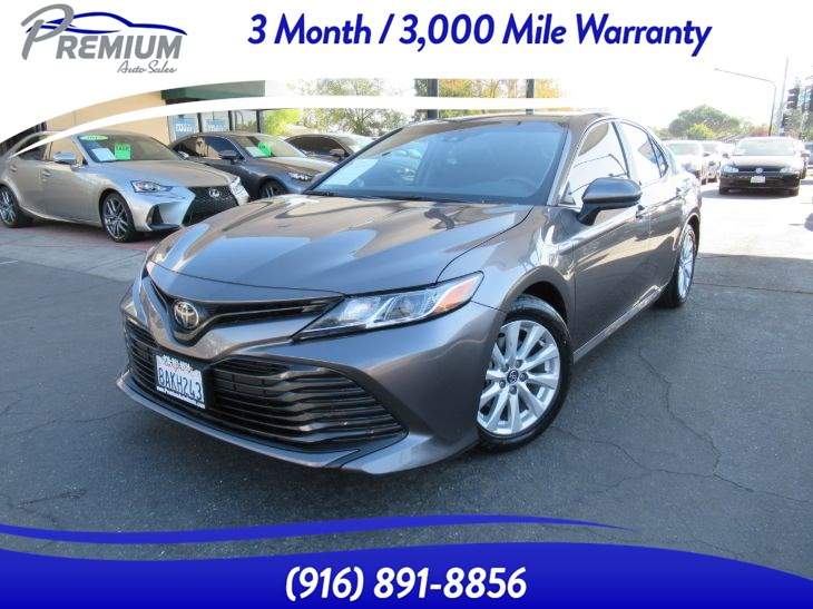 2018 Toyota Camry LE 1 OWNER-EXTRA CLEAN-WELL MAINTAINED
