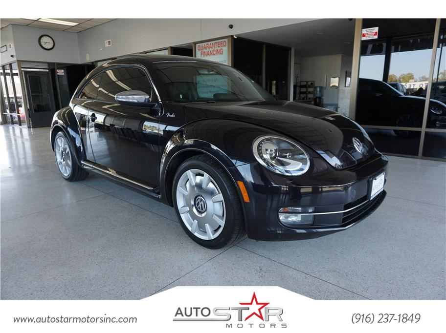 2013 Volkswagen Beetle Coupe 2.0T Turbo Fender Edition