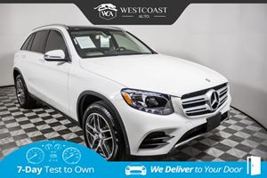 View 2016 Mercedes-Benz GLC 300