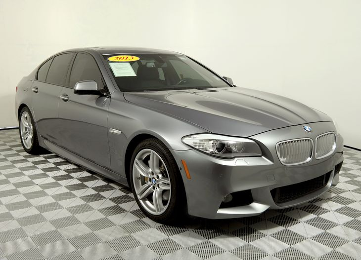 Home 2013 BMW 5 Series 550i M SPORT PKG OVERVIEW PHOTOS PRICING FEATURES SPECS SAFETY Featured